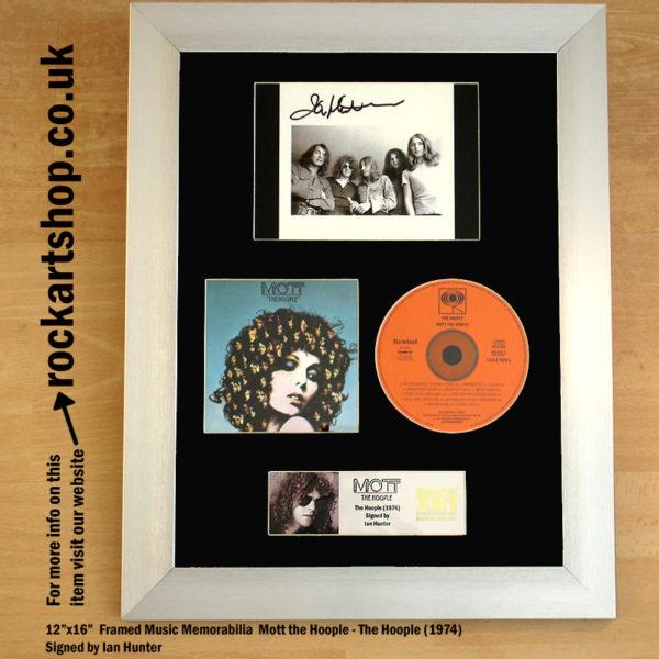 MOTT THE HOOPLE CD SIGNED BY IAN HUNTER AUTOGRAPHED