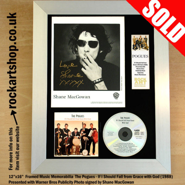 THE POGUES CD PUBLICITY PHOTO SIGNED SHANE MACGOWAN