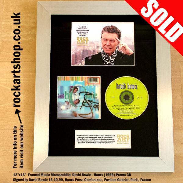 DAVID BOWIE HOURS CD AUTOGRAPHED 1999 PARIS PRESS CONFERENCE